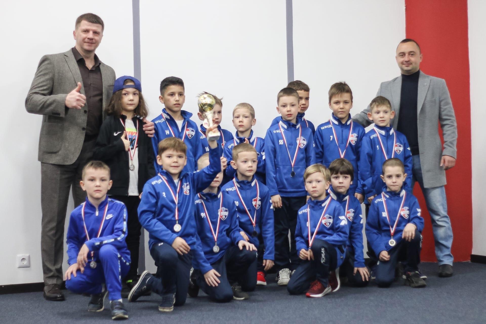 Минск — серебряный призер Премьерлиги Юни 2014