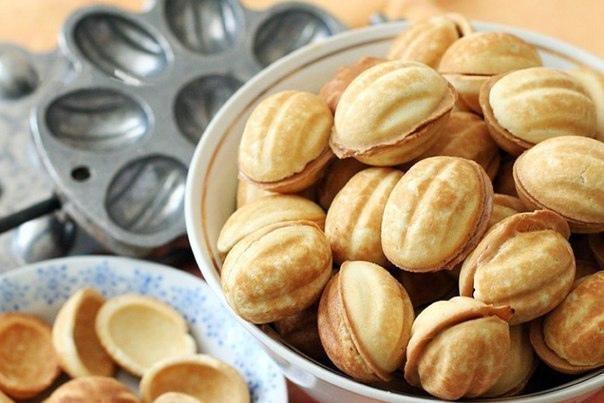 Как приготовить орешки в орешнице?