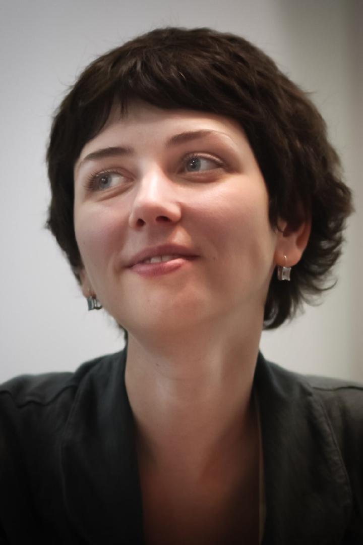 📖 25 октября родилась АННА СТАРОБИНЕЦ — российская журналистка и писательница, сценарист.