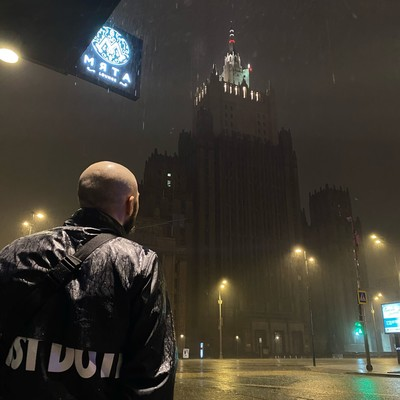 Омар Бочаров, Москва