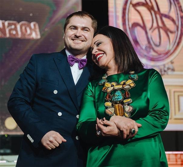 Надежда Бабкина заявила, что она не рассталась с Евгением Гором: «Женя отвез домой, а утром от меня уехал на работу