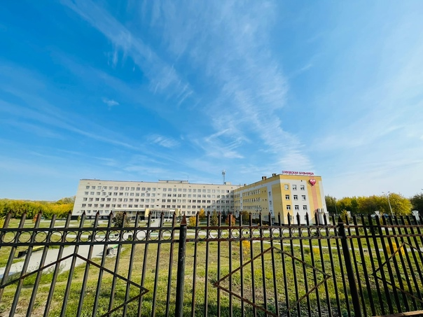 В Каменске-Уральском 2 класса средней школы переведены на...