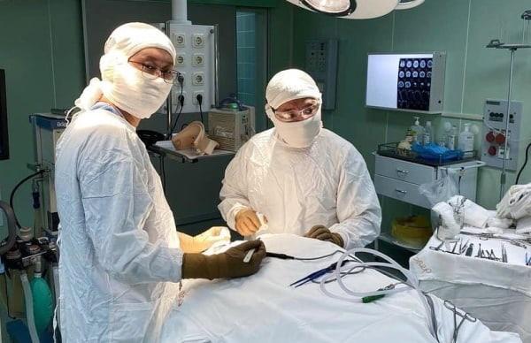 В Бурятии врачи провели операцию по фиксации шейных позвонков  Последний раз в республике такую операцию делали... [читать продолжение]