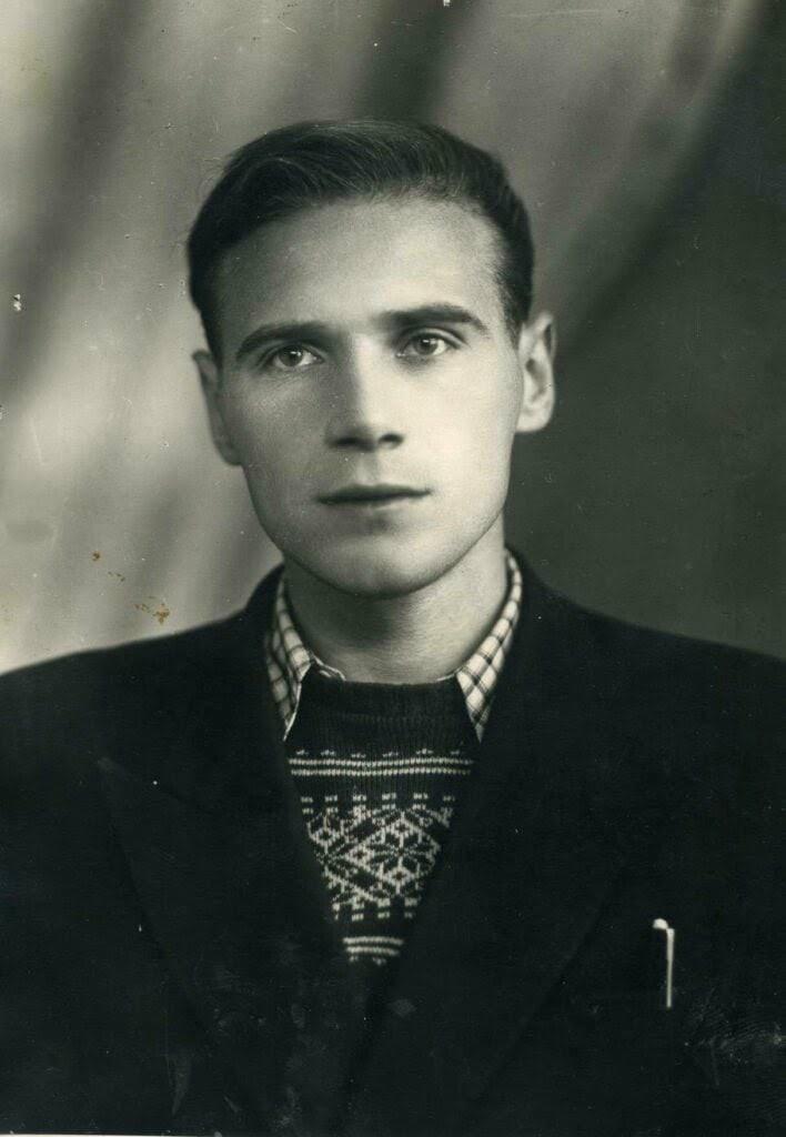 📖 17 октября родился ИОСИФ КУРЛАТ —украинский детский поэт, переводчик; основате...