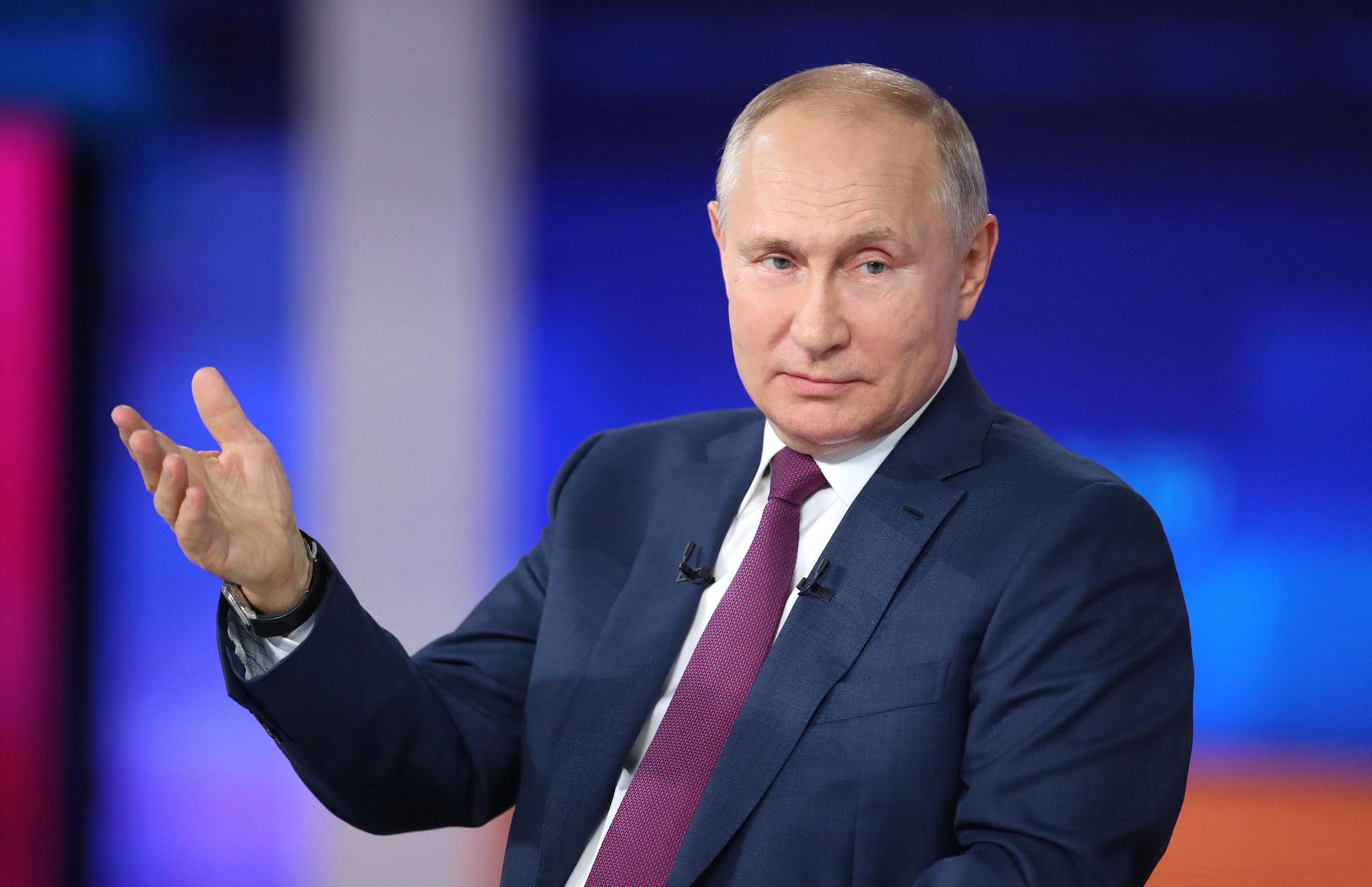 Президент России отметил нацеленность на начало учебного года в очном режиме