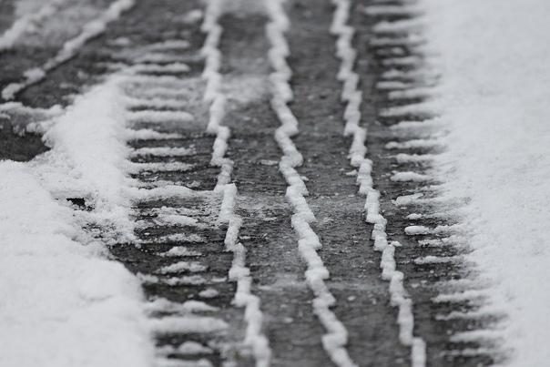 Снег не за горами: когда автомобилистам менять лет...