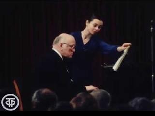 Концерт Святослава Рихтера.  plays  and  (1982)