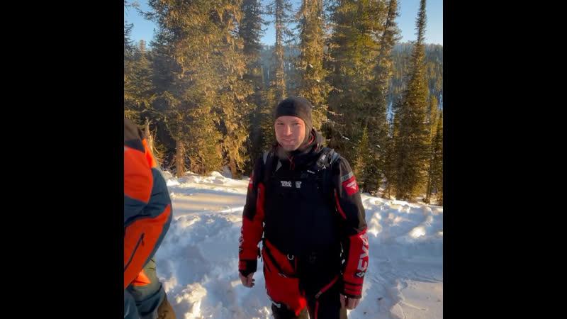 Третий день катания на снегоходах в горах Алтая