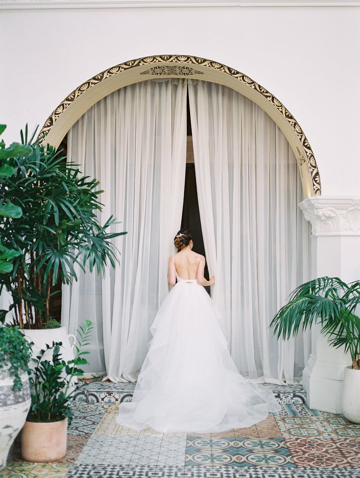 Sr6ipM5OKrw - Красивая свадьба на западном побережье