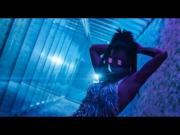 Amari ft Iova Hands All Over Mine Ahzee Remix