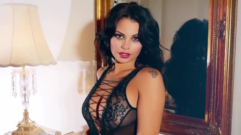 The sexiest and Hot brunette girl EROTIC 18 Porno