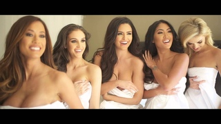BACKSTAGE w/ Abigail Ratchford, Jaclyn Swedberg, Leanna Bartlett, and MORE!