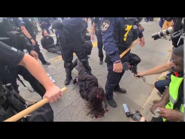 Протесты в США Протестующие Полиция Портланд Луисвиль Сьетл Трамп