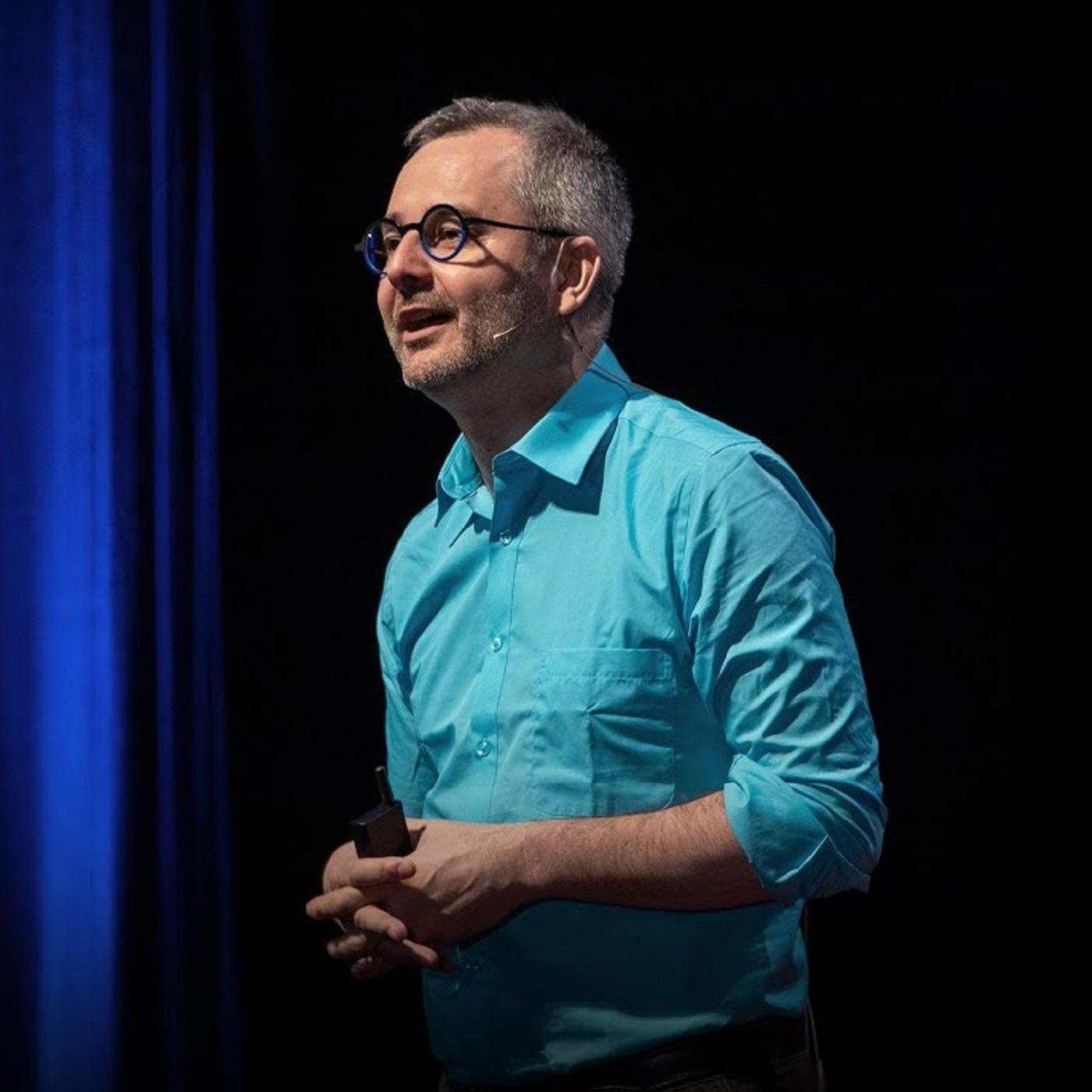 Настоящая взаимосвязь между вашим возрастом и шансом на успех (Альберт-Ласло Барабаши)